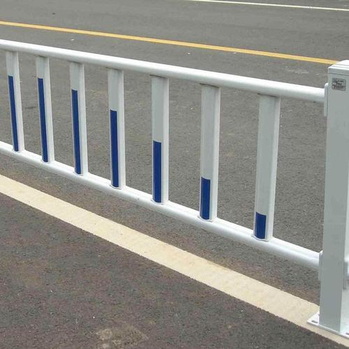 市政护栏的安装让城市更具特色