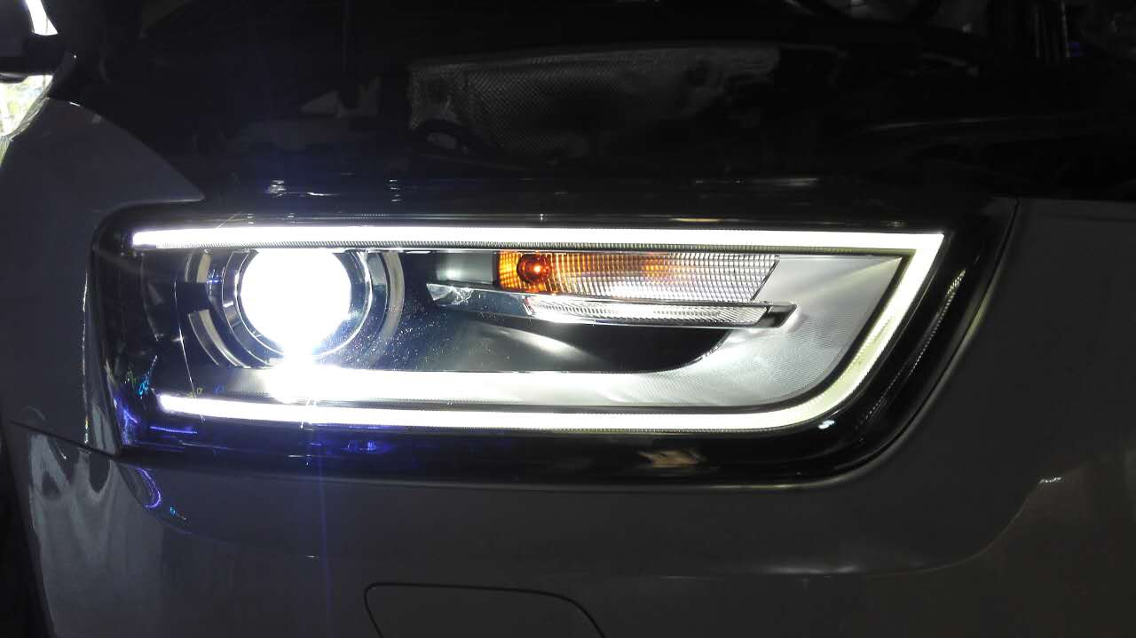 奥迪Q3原装大灯升级