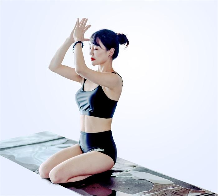 悦水上瑜伽