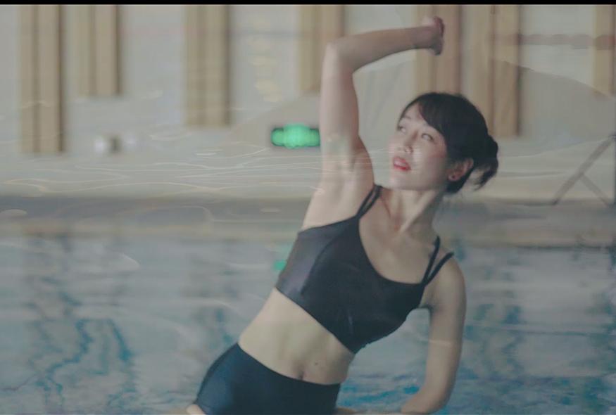 水上瑜伽体式