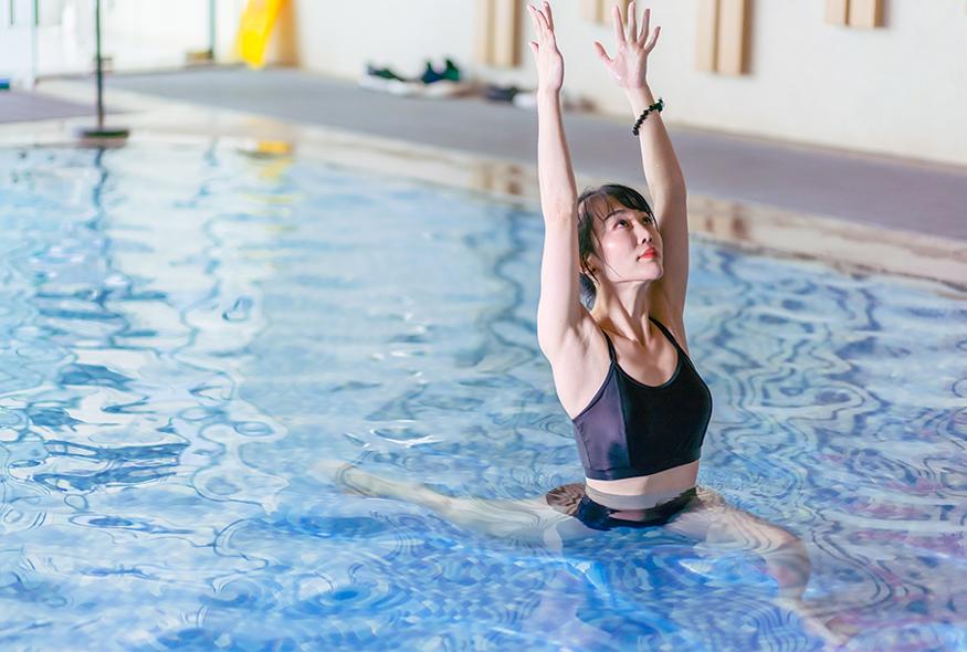 水上瑜伽技巧