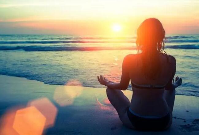 瑜伽爱好者快看水上瑜伽有什么好处?