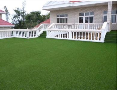 别墅阳台仿真草坪