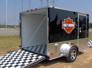 哈雷箱式拖車