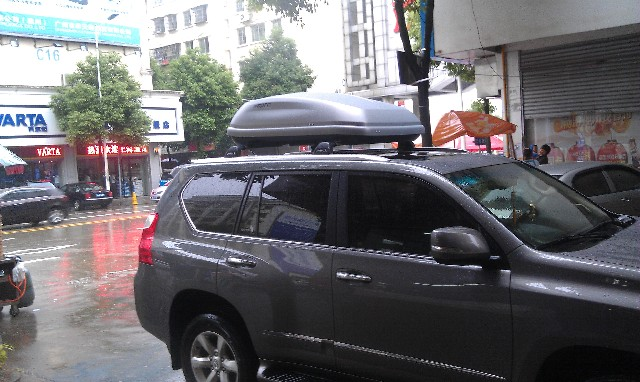 改裝車頂行李箱
