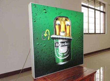 滾動廣告燈箱為大眾信息傳播媒介的優點