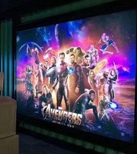 电影院广告灯箱安装