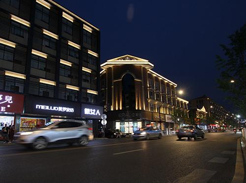 街道楼体亮化工程案例