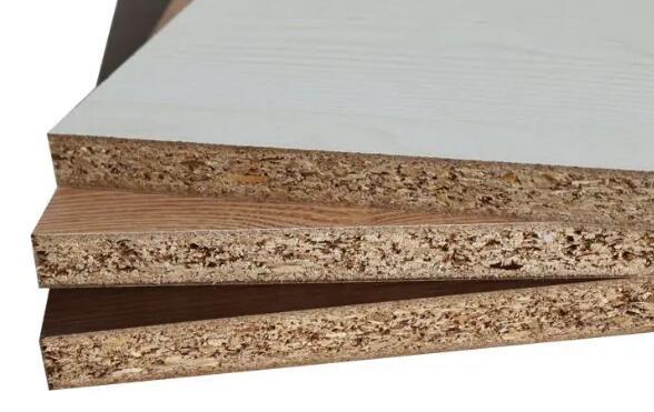 实木颗粒板和密度板哪个好?