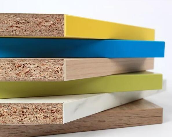办公家具中实木颗粒板为什么使…