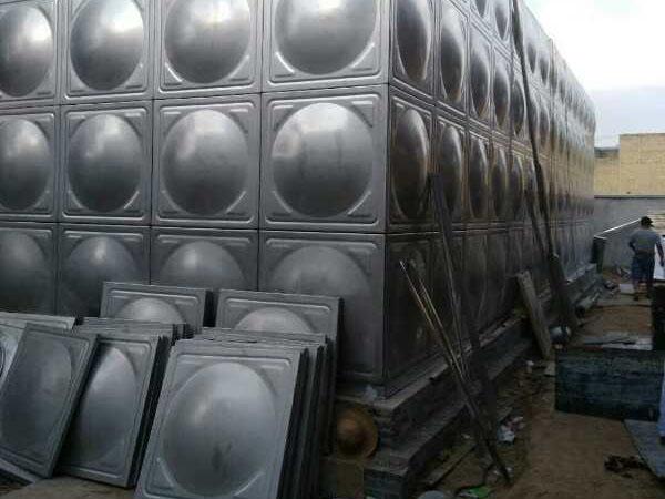 304不鏽鋼組合式水箱定製