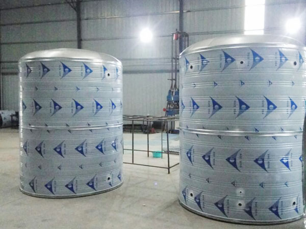 圓形不鏽鋼保溫水箱廠家