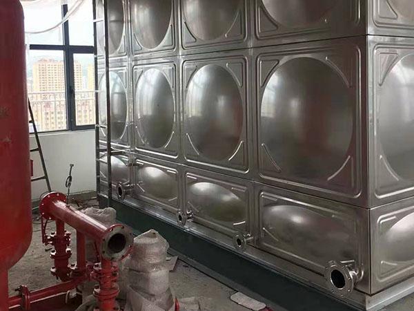304不鏽鋼消防水箱