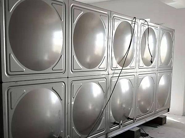 不鏽鋼水箱廠家哪家好?