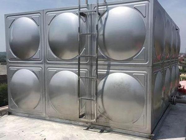 高位消防水箱容积