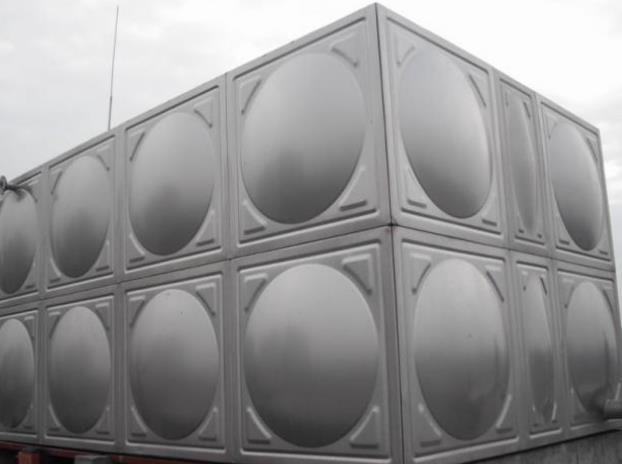 安裝不鏽鋼水箱的步驟