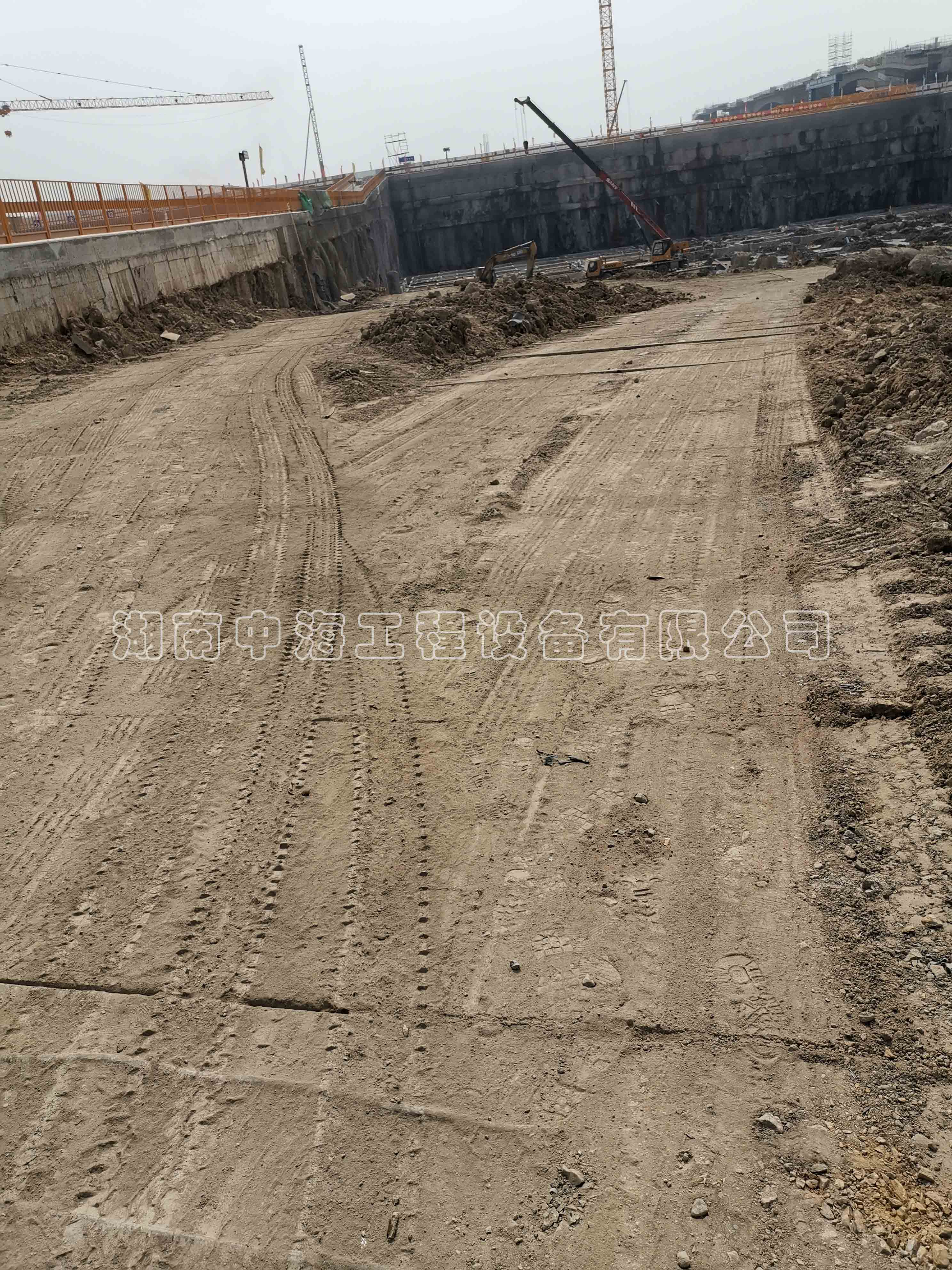 专业铺路钢板租赁