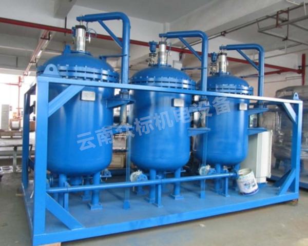 彌勒油水分離器廠家分享一下有關油水分離器的內部機構及特點