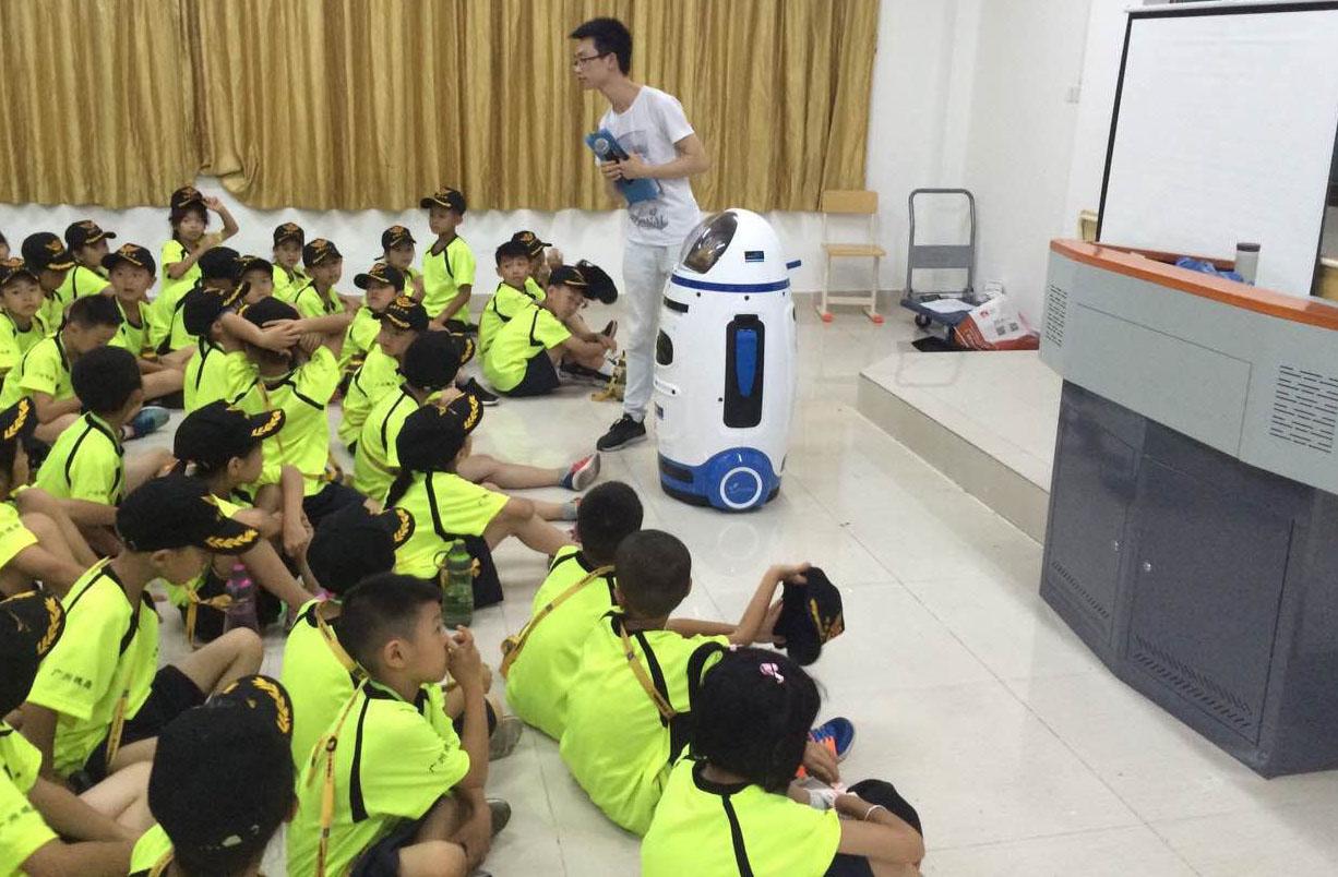 助教机器人