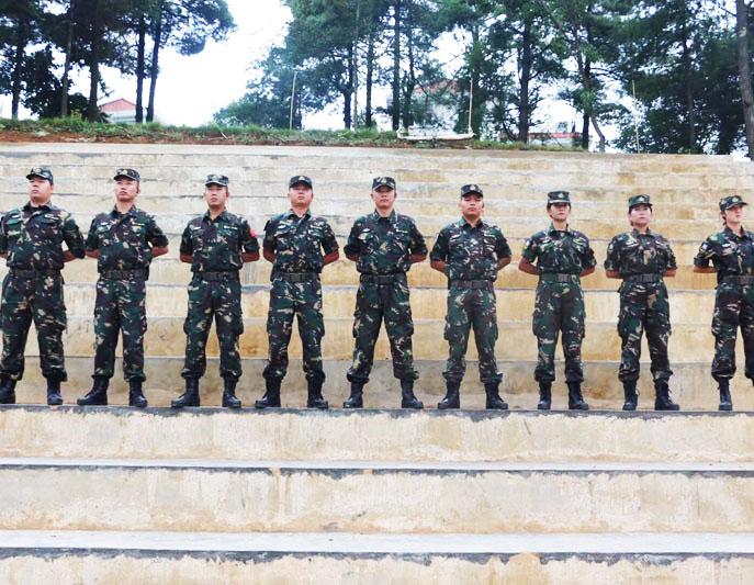 军人教官团队