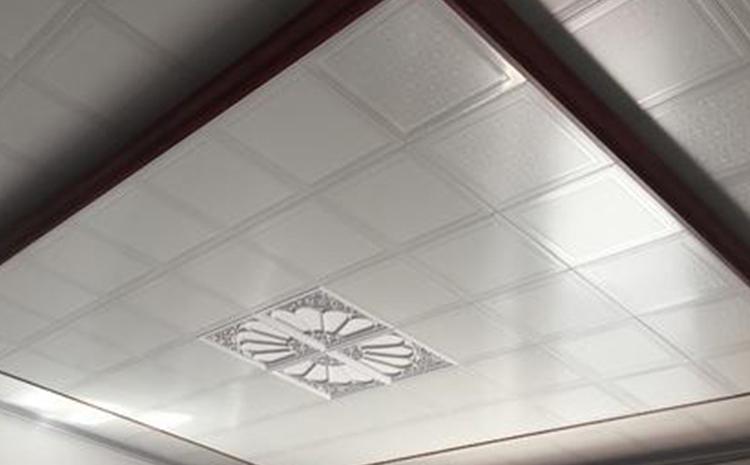 直线二级吊顶