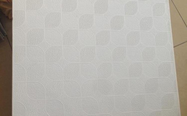 600石膏板