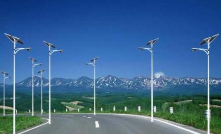 介紹你不知道的太陽能路燈構成及特性