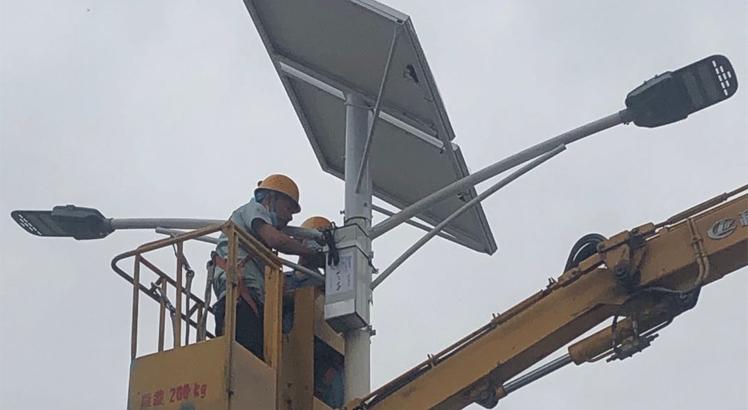 咸陽聲威集團太陽能路燈鋰電物聯網系統 改造
