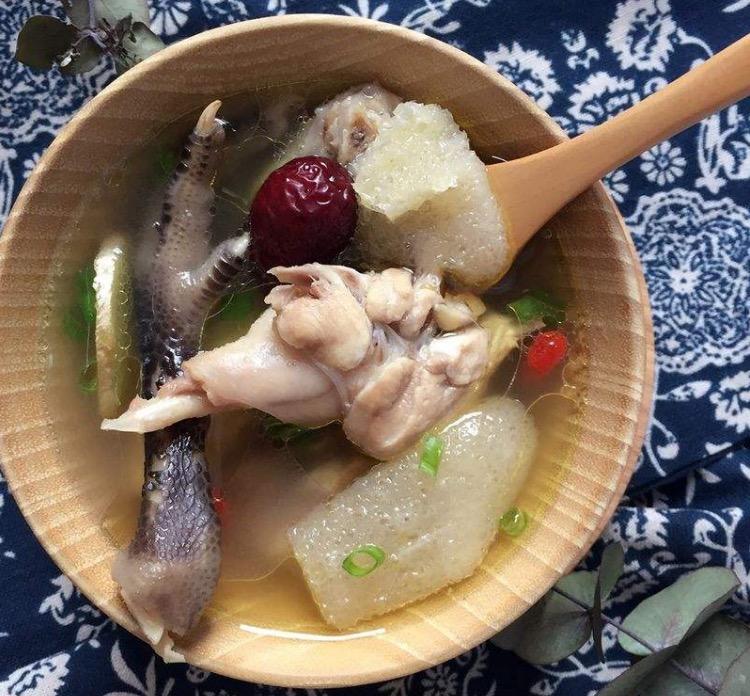 鹧鸪汤的做法-竹荪煲鹧鸪汤