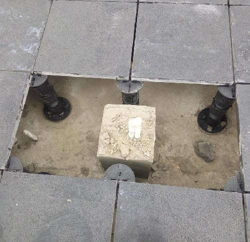 石材地板万能支撑器