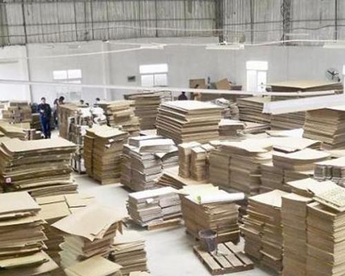 宏荣纸箱厂产品存放的注意事项有哪些?