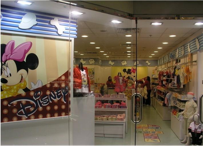 迪士尼米奇,迪士尼维尼,汤姆杰力,青蛙王子儿童服装品牌厂家专柜销售