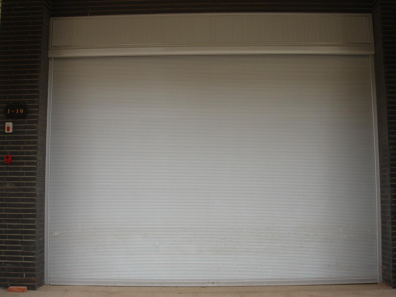 云南彩板卷帘门案例