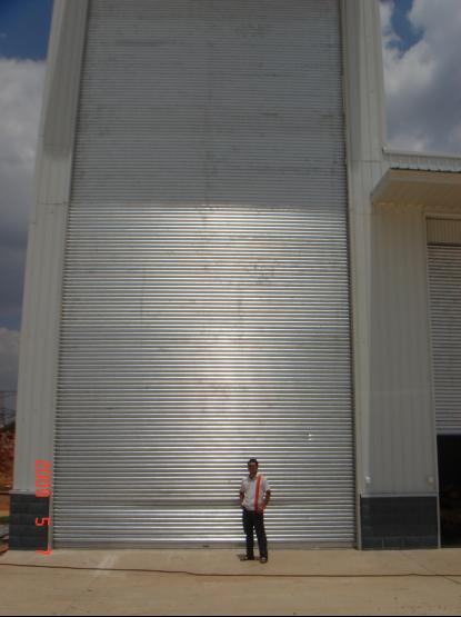 南方电网17米卷帘门