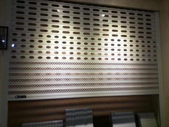 铝合金卷帘门案例