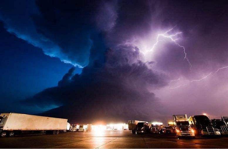 石家莊廣告片拍攝制作公司帶來如何利用天氣條件進行拍攝