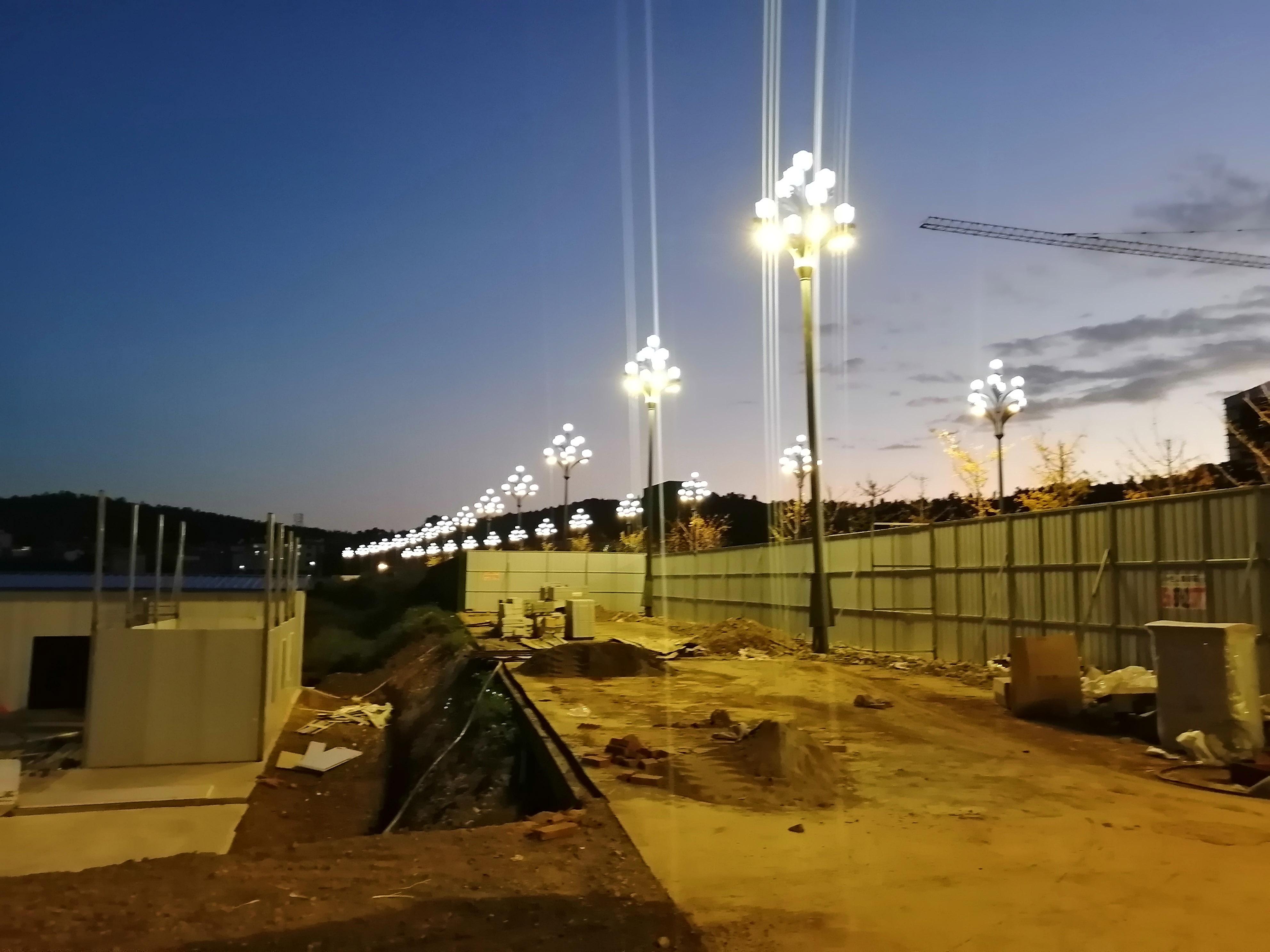 红河水乡-中山路路灯项目安装完成