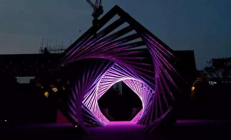 十個案例,教你玩轉隧道式燈光藝術!