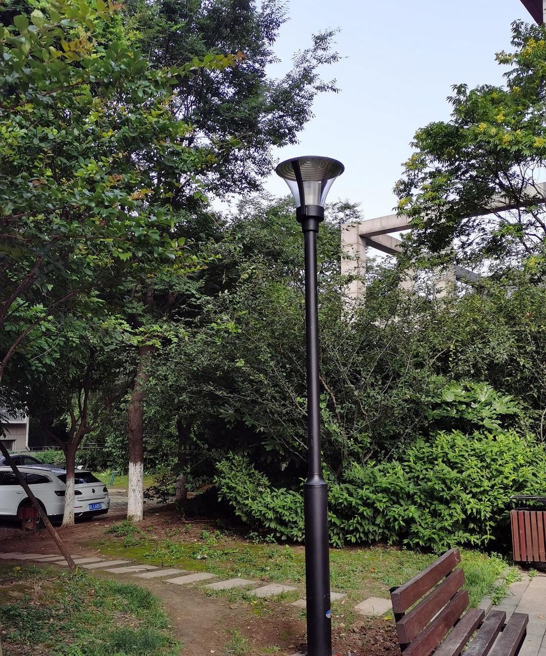 """高桿庭院燈""""點亮""""江蘇鎮江社區小廣場"""