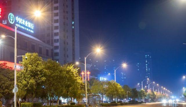 湖南婁底通過路燈改造獻禮國慶