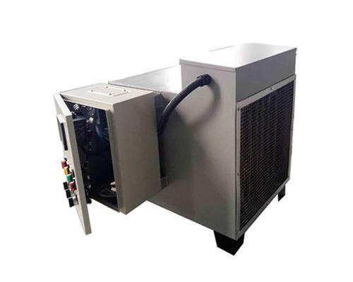 恒温水循环器