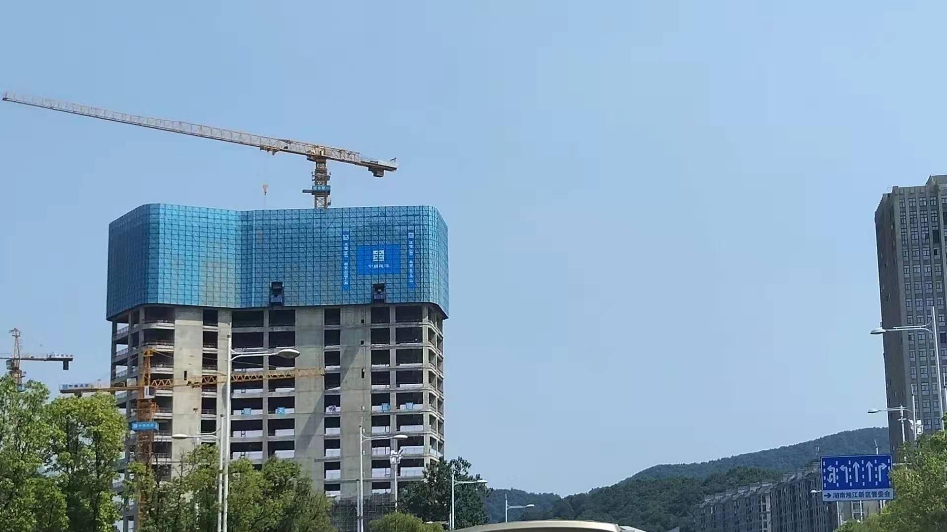 建筑施工升降機