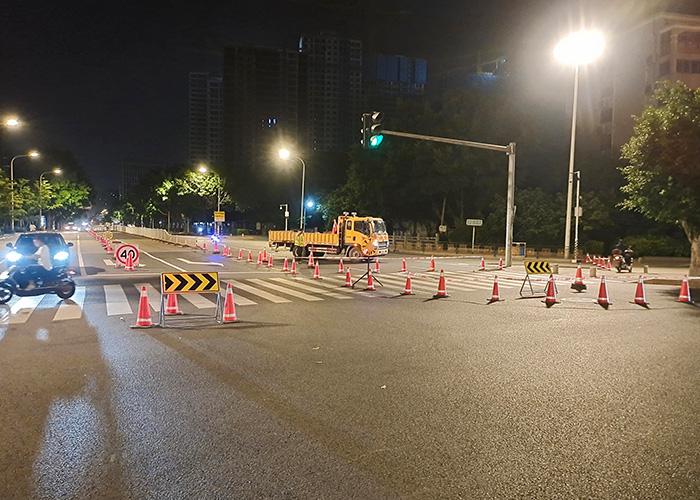 洪塘大桥交通标志施工案例