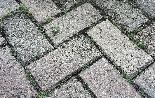 水泥砖机打开方式不正确,效率骤降