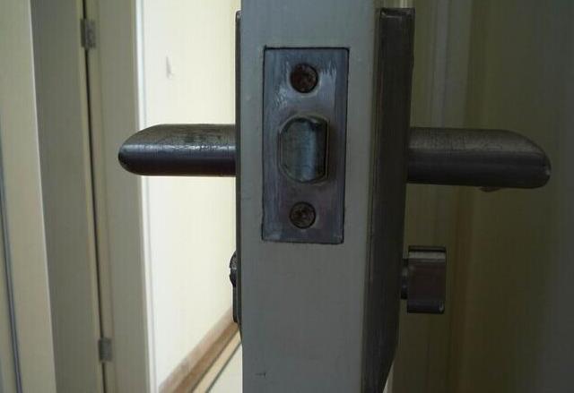 江北区防盗门开锁