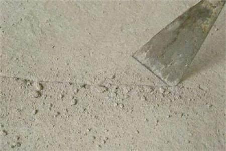 抹灰墙搓沙墙面掉沙解决办法