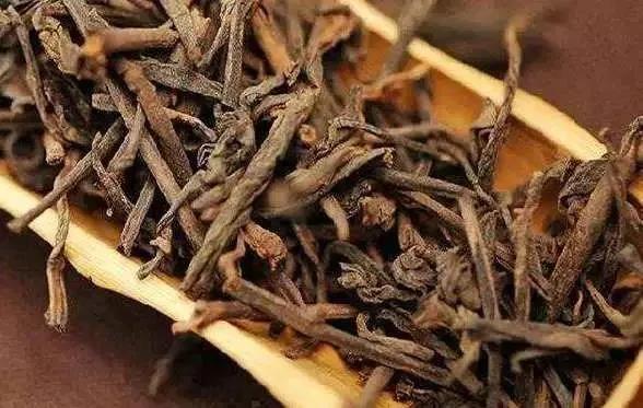 """茶叶有""""梗""""、就代表茶质量不好?"""
