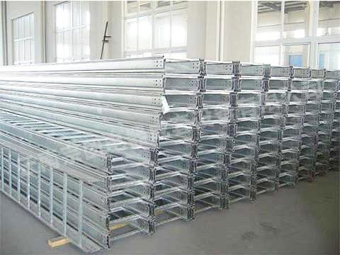 云南丽江桥架生产厂