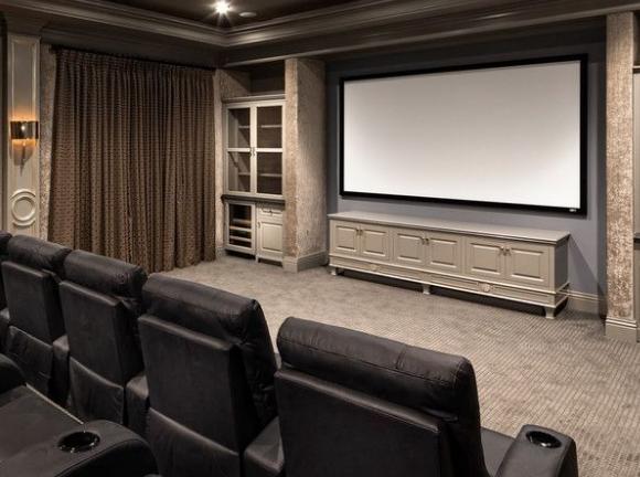 家庭影院AV公放里超低音如何设置