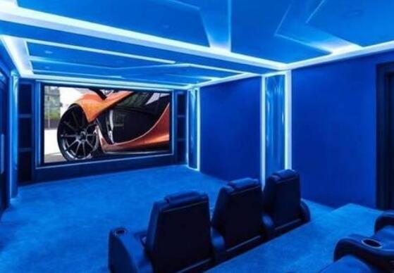 家庭影院给你带来新的视觉体验